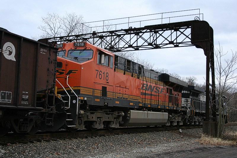 BNSF 7618